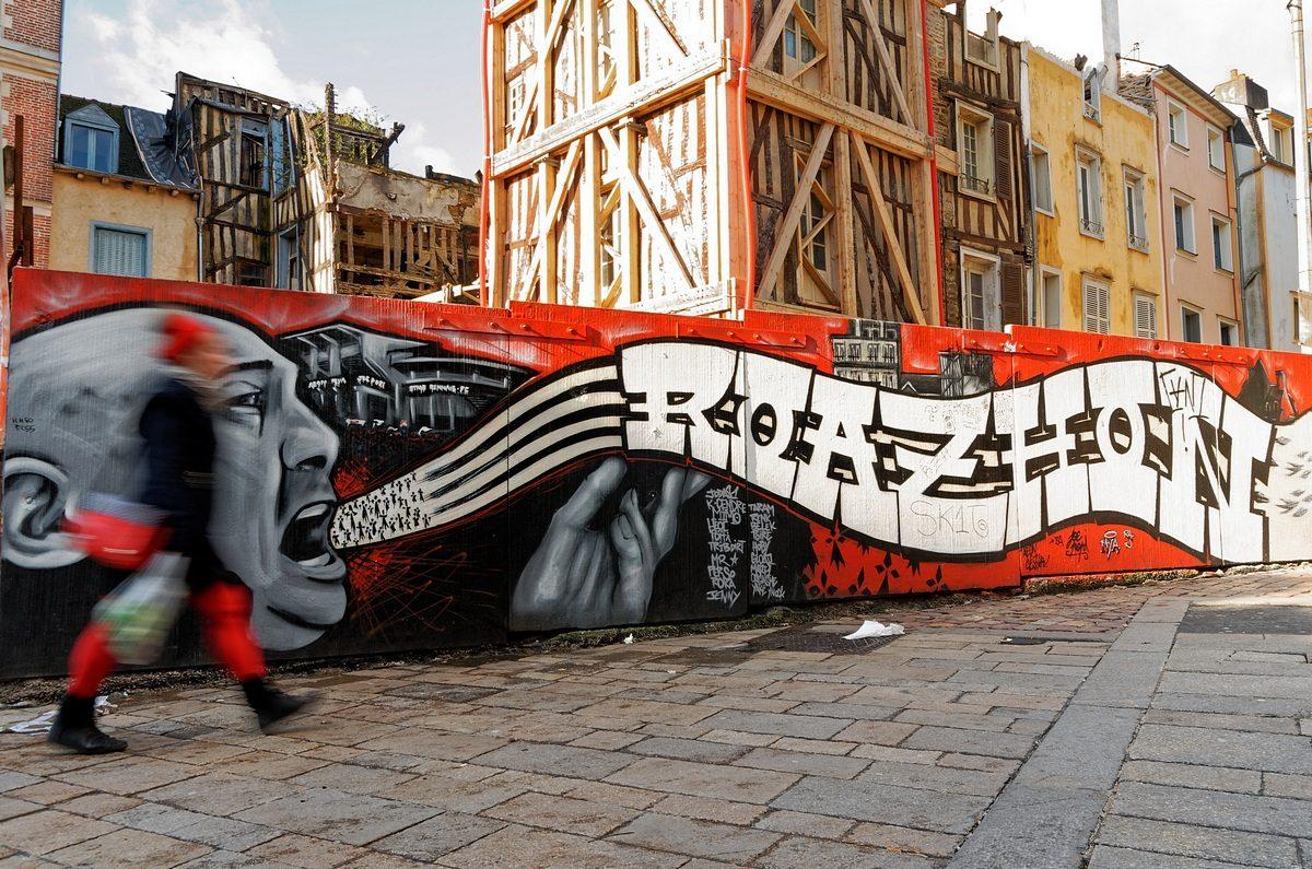 Rennes scènes de rues-Suivez la musique-Photographie urbaine
