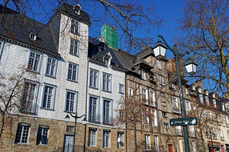 Rennes centre historique-Place des Lices